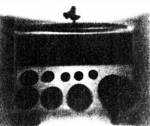 図4木箱の中の分銅